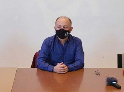 Професор Звонимир Јовић позвао просветне раднике да туже државу
